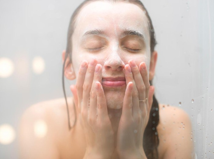 Kata Dokter Kulit Tentang Tren Masker Sperma yang Disebut Bikin Awet Muda