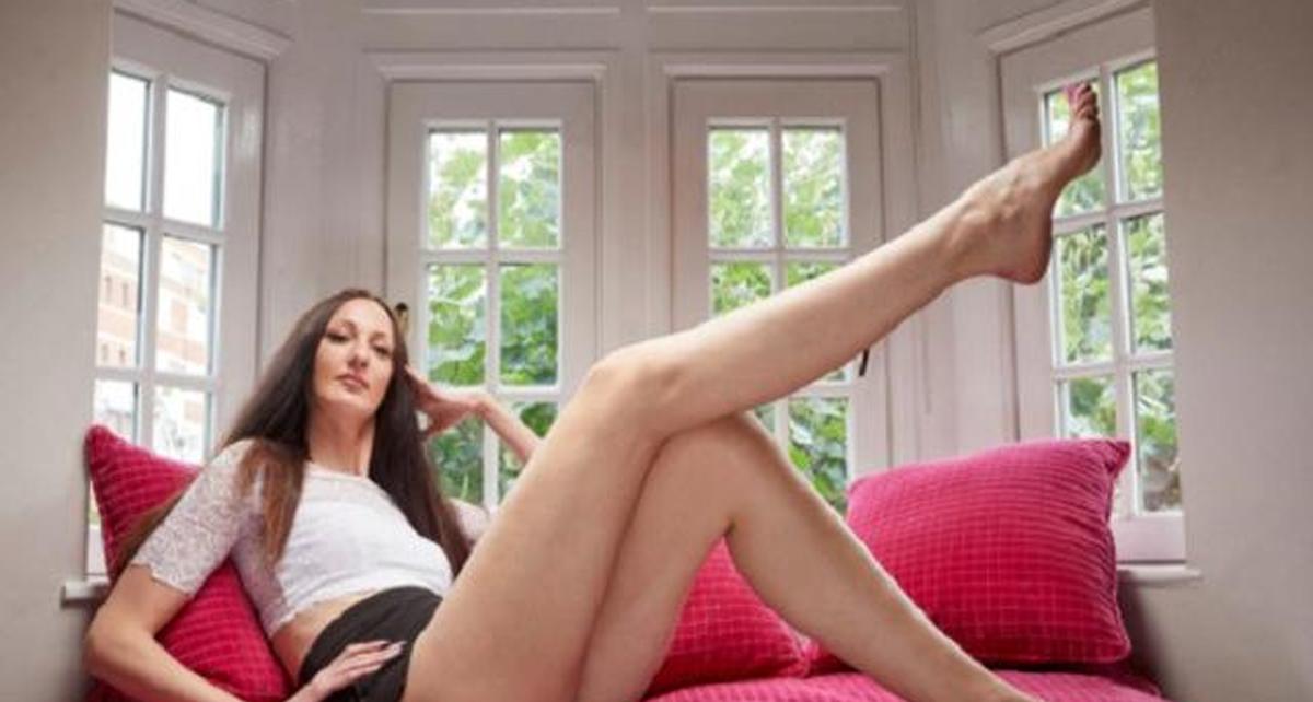 Beberapa Model Wanita Cantik Dengan Kaki Terpanjang Di Dunia