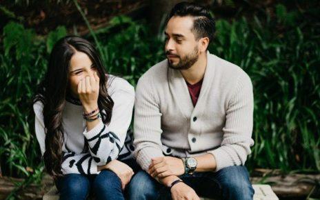 Tips Tetap Menjaga Kesetian Meski Ada Godaan untuk Selingkuh
