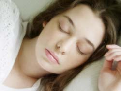 Hindari Berikut Makanan yang Membuat Anda Sulit Tidur