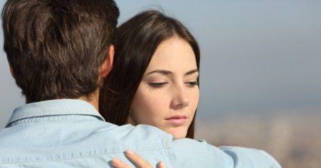 Kebiasaan Buruk ini Bisa Merusak Hubungan Anda