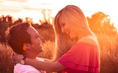 Cari Pasangan Kamu Pilih yang Bisa Bikin Nyaman atau Bahagia?