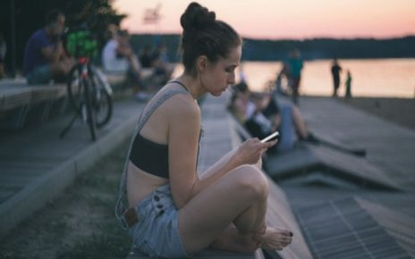 5 Alasan Media Sosial Bisa Membuatmu Menjadi Individu yang Semu