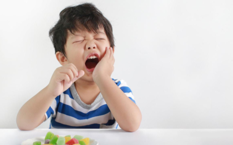 Penyebab Terjadinya Kerusakan Gigi Berlubang Pada Anak