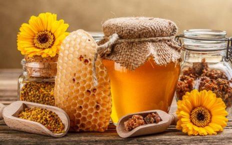 Manfaat madu untuk kesehatan, wajah, kecantikan, bibir, dan rambut