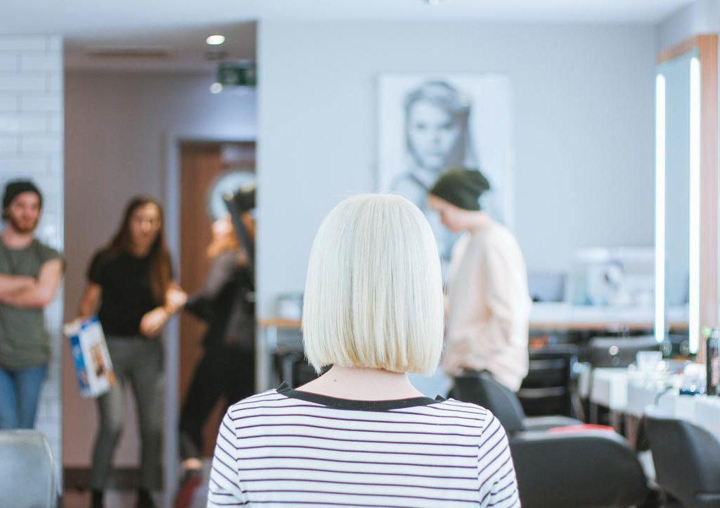 Cuci dan Catok Rambut Hanya Rp 5 Ribu Salon Super Murah