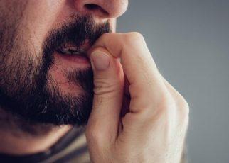 Hentikan Kebiasaan Menggigit Kuku Perlu Diketahui