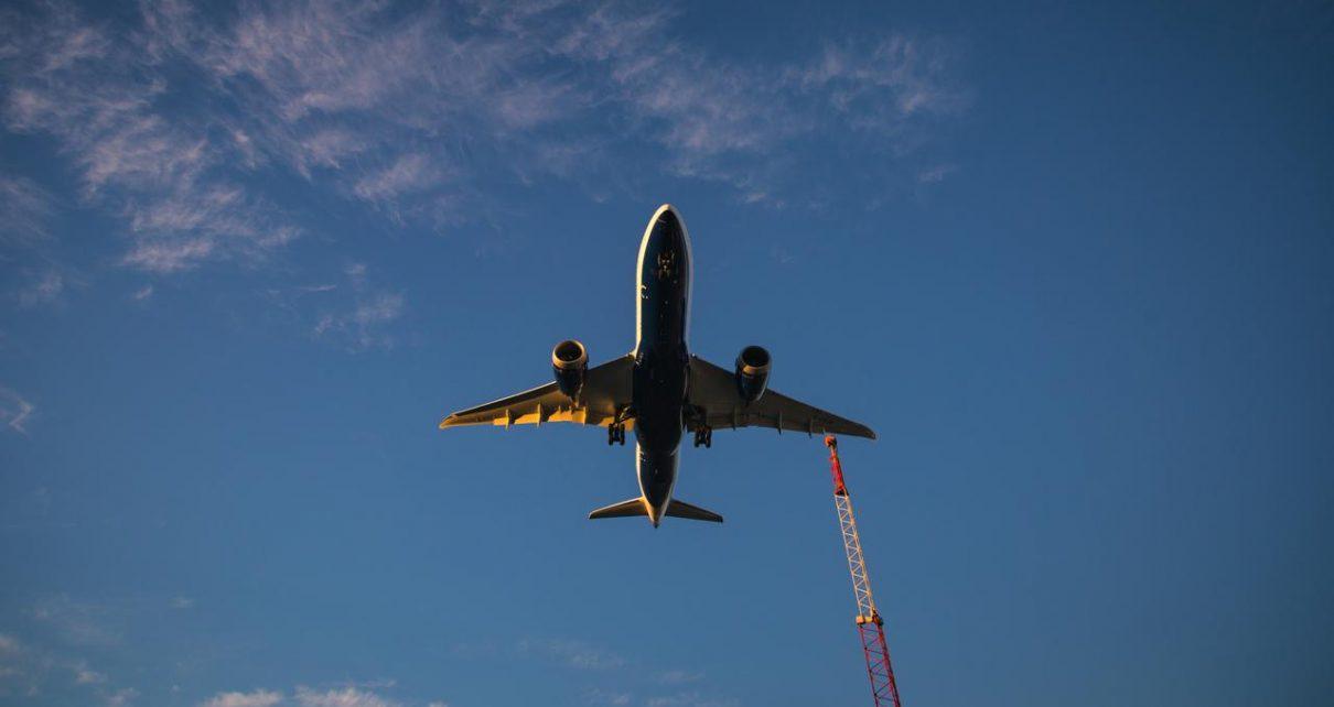Insiden Sebuah Pesawat Ethiopian Airlines Mendarat di Bandara Yang Belum Buka