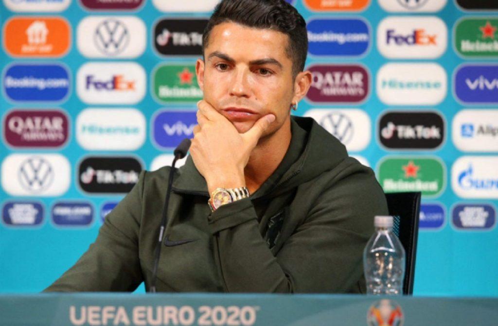 Euro Tak Masalah Cristiano Ronaldo Singkirkan Coca-Cola