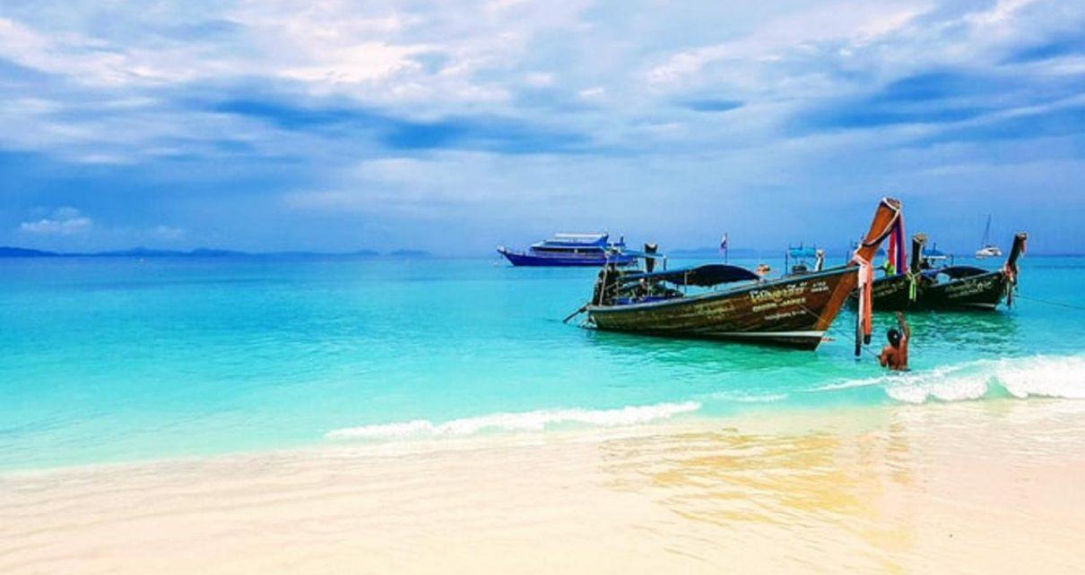 Phuket Dibuka Kembali Untuk Turis Tidak Bagi Warga Lokal